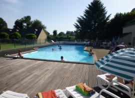 Auvergne - Vic-sur-Cère en pension (été)